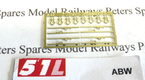 51l-abw-bolster-wagon-stantions-and-shackles-pk8-oo-gauge