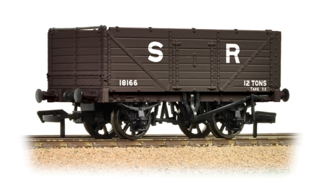bachmann-37090-7-plank-fixed-end-wagon-sr-brown-oo-gauge