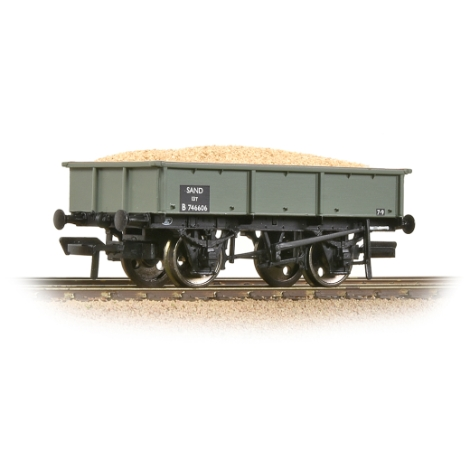 bachmann-37354d-br-13t-steel-sand-tippler-br-grey-early-includes-wagon-load-00-gauge