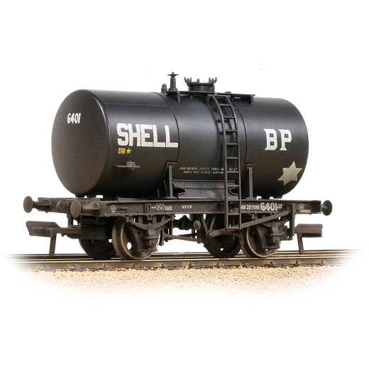 bachmann-38776a-20t-class-b-anchormounted-tank-wagon-shell-bp-black-weathered-00-gauge