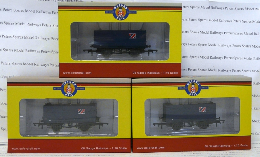 gv6016-golden-valley-hobbies-3-pack-allied-steel-and-wire-7-plank-open-wagon-oo-gauge
