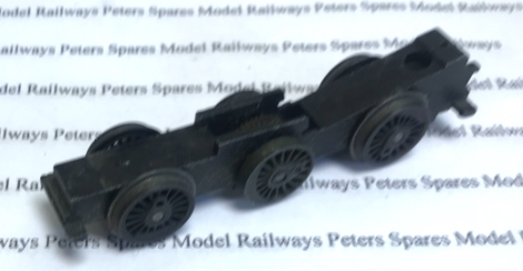 hornby-x5483-used-060-chassis-block-with-black-rimmed-wheels-axles-worm-wheel-brass