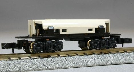 kato-11105-small-type-powered-chassis-for-bandais-btrain-shorty-n-009-gauge