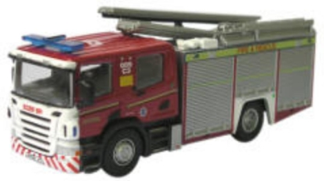 oxford-diecast-76sfe001-cleveland-fire-rescue-fire-engine-oo-gauge
