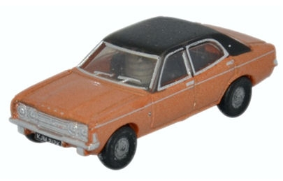 oxford-diecast-ncor3001-ford-cortina-mkiii-gold-n-gauge