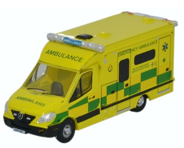 oxford-diecast-nma001-mercedes-ambulance-wales-n-gauge