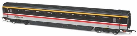 oxford-rail-or763fo002b-mk3a-coach-fo-br-intercity-swallow-no-11046-oo-gauge