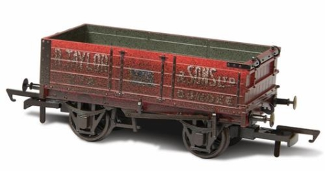 oxford-rail-or76mw4002w-4-plank-mineral-wagon-rtaylor-sons-ltd-weathered-oo-gauge