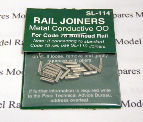 peco-sl114-bullhead-code-75-rail-joiners-fishplates-with-bolt-details-pk24-oo-gauge