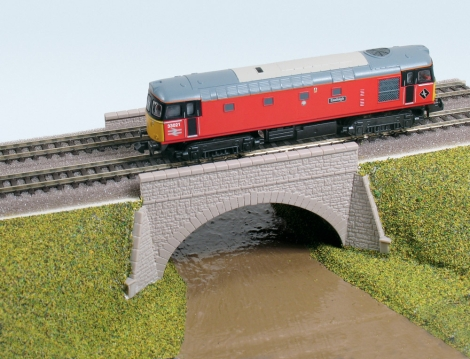 ratio-253-river-canal-bridge-plastic-kit-n-gauge