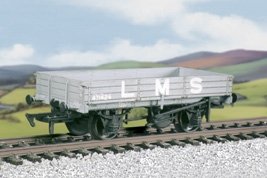 ratio-573-lms-3plank-medium-open-wagon-mw-plastic-kit-oo-gauge