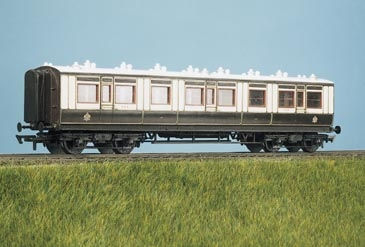 ratio-730-lms-ex-lnwr-50ft-arc-roof-corridor-all-3rd-coach-plastic-kit-oo-gauge