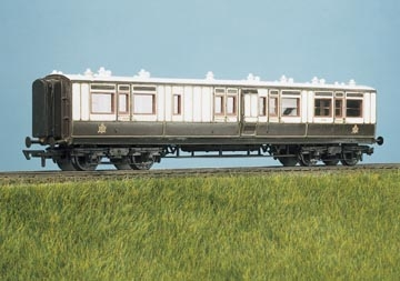 ratio-734-lms-ex-lnwr-50ft-arc-roof-corridor-brake-3rd-coach-plastic-kit-oo-gauge