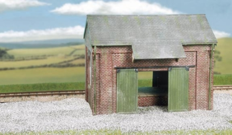 wills-ck19-craftsmans-kits-goods-shed-brick-plastic-kit-oo-gauge