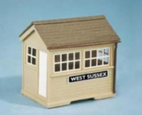wills-ss29-ground-level-signal-box-plastic-kit-oo-gauge