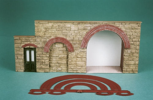 wills-ss55-brick-arch-overlays-for-doorways-windows-etc-plastic-kit-oo-gauge