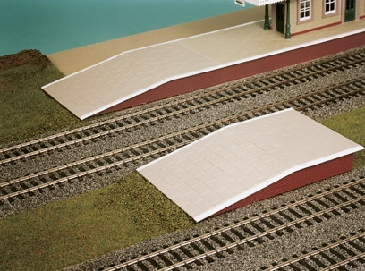 wills-ss61-station-platform-sections-264mm-long-plastic-kit-oo-gauge